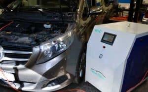 HHO motortisztítás egy Mercedes típusú autón